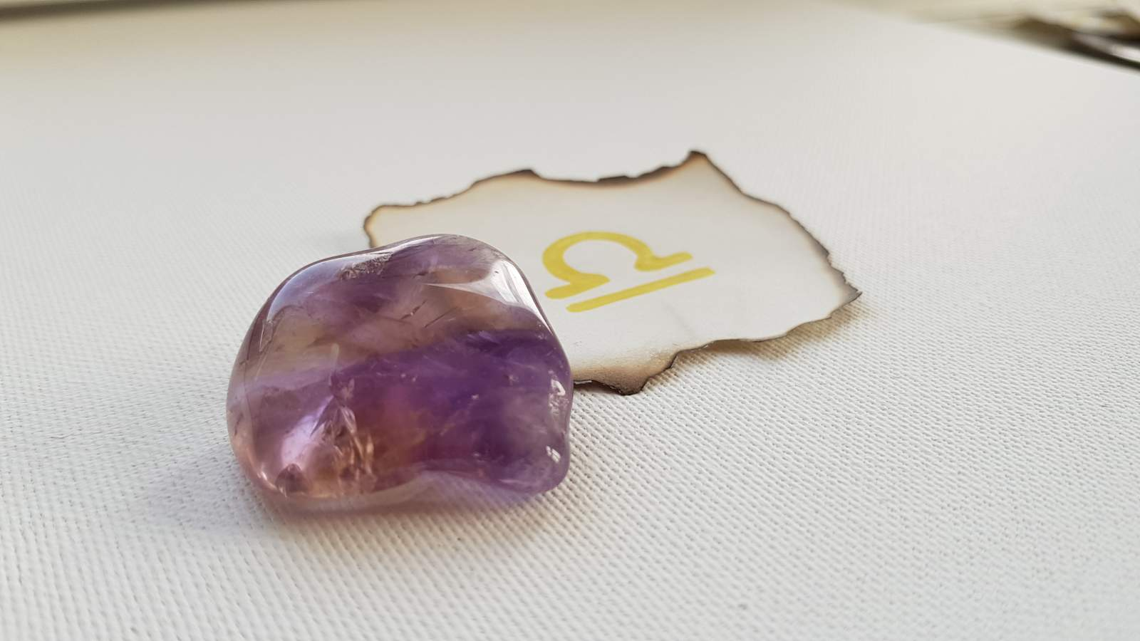 Gemstone - Libra 2019 Love Horoscope